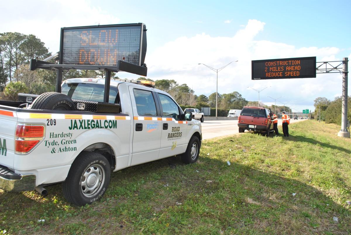 Road rangers provide safety net for jacksonville drivers for Jacksonville department of highway safety and motor vehicles jacksonville fl