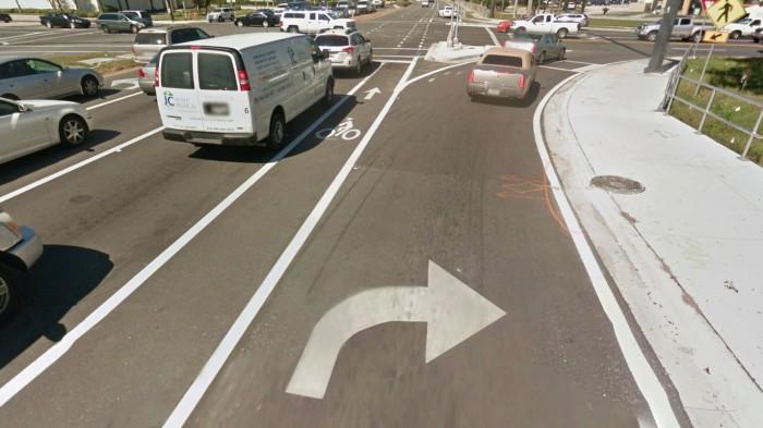 Keyhole lane